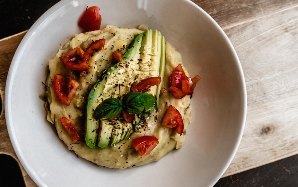 Veganes Kartoffelpüree mit Avocado