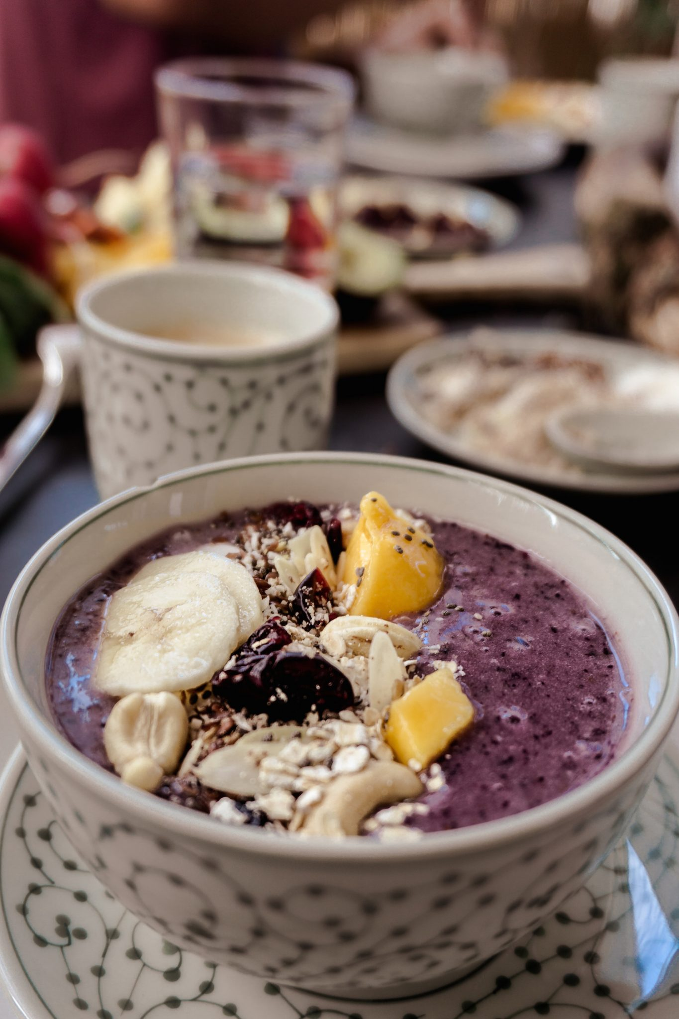 Breakfast Bowl mit Blaubeeren