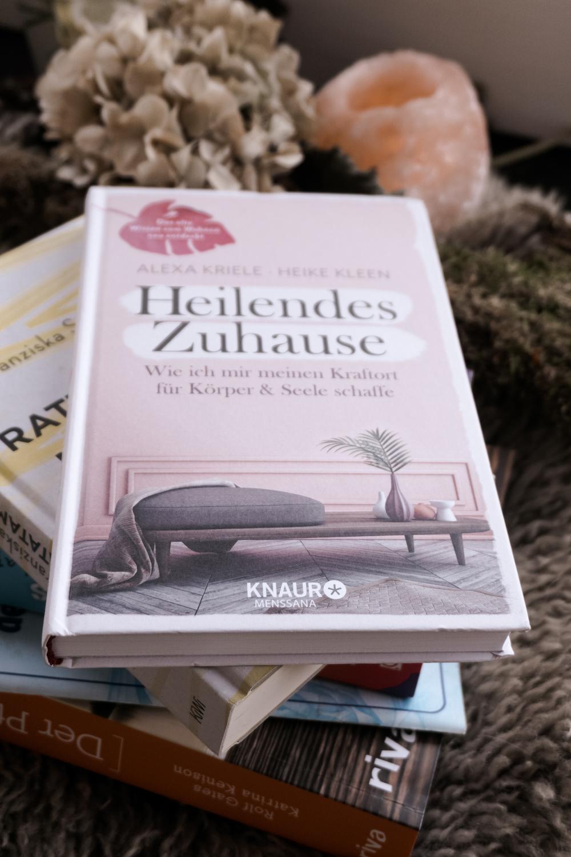 Ausgelesen - Bücher über Yoga, Einrichten, Ängste, Surfen und Reisen