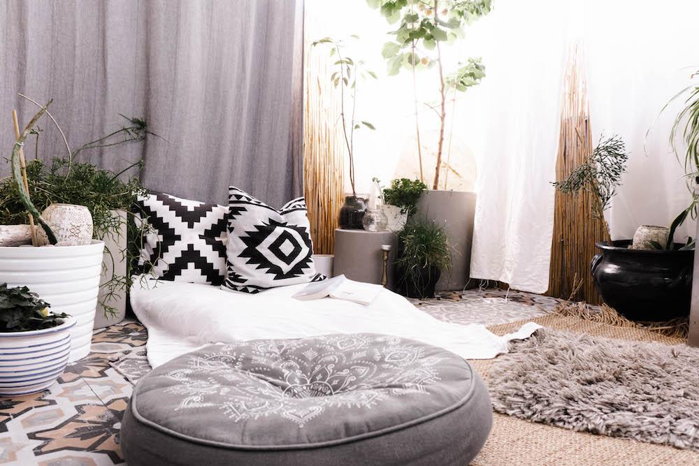 Boho Balkon gestalten - Relaxbereich