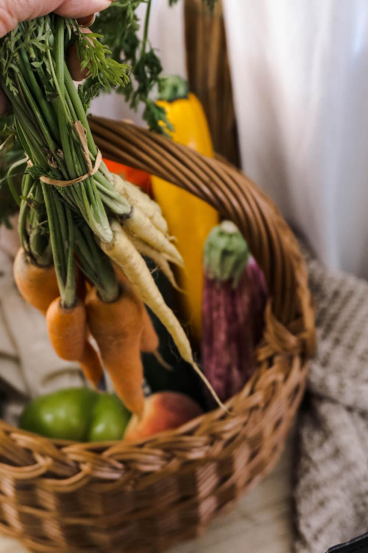 Die saisonalen Gemüse-und Obstsorten im Juli