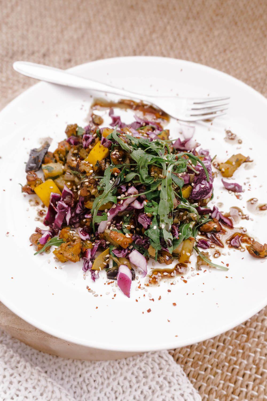 Pilz-Gemüse-Salat mit Kernöl
