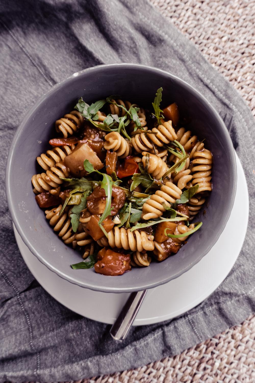 Mediterrane Pasta Bowl a la Mama