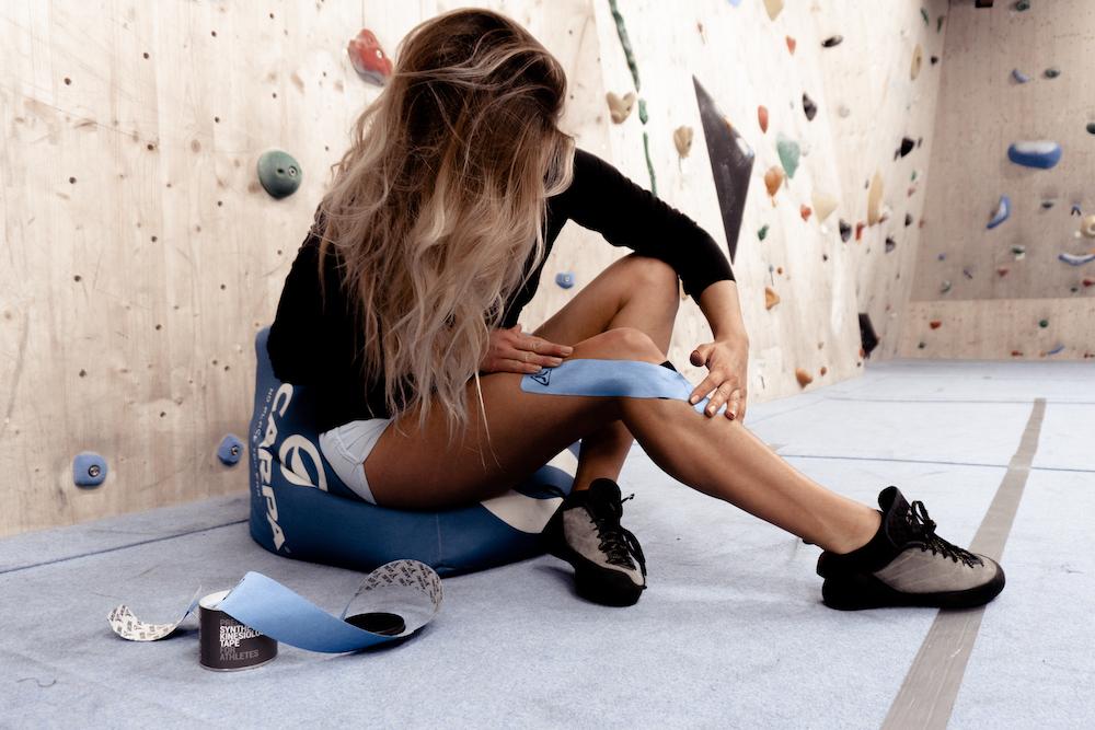 Bouldern mit Arthrose und der Tapinglösung für zu Hause