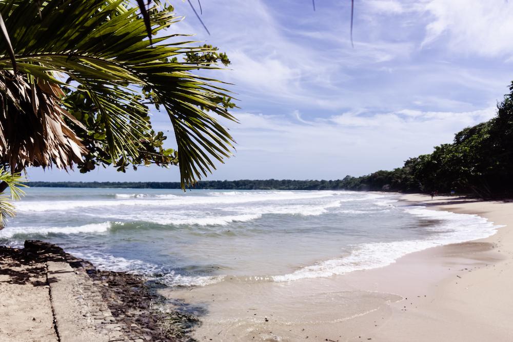 DIE KARIBIK COSTA RICAS