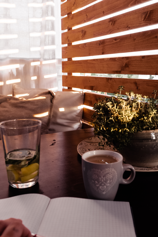 BOHO BALKON GESTALTEN - Morgenkaffee