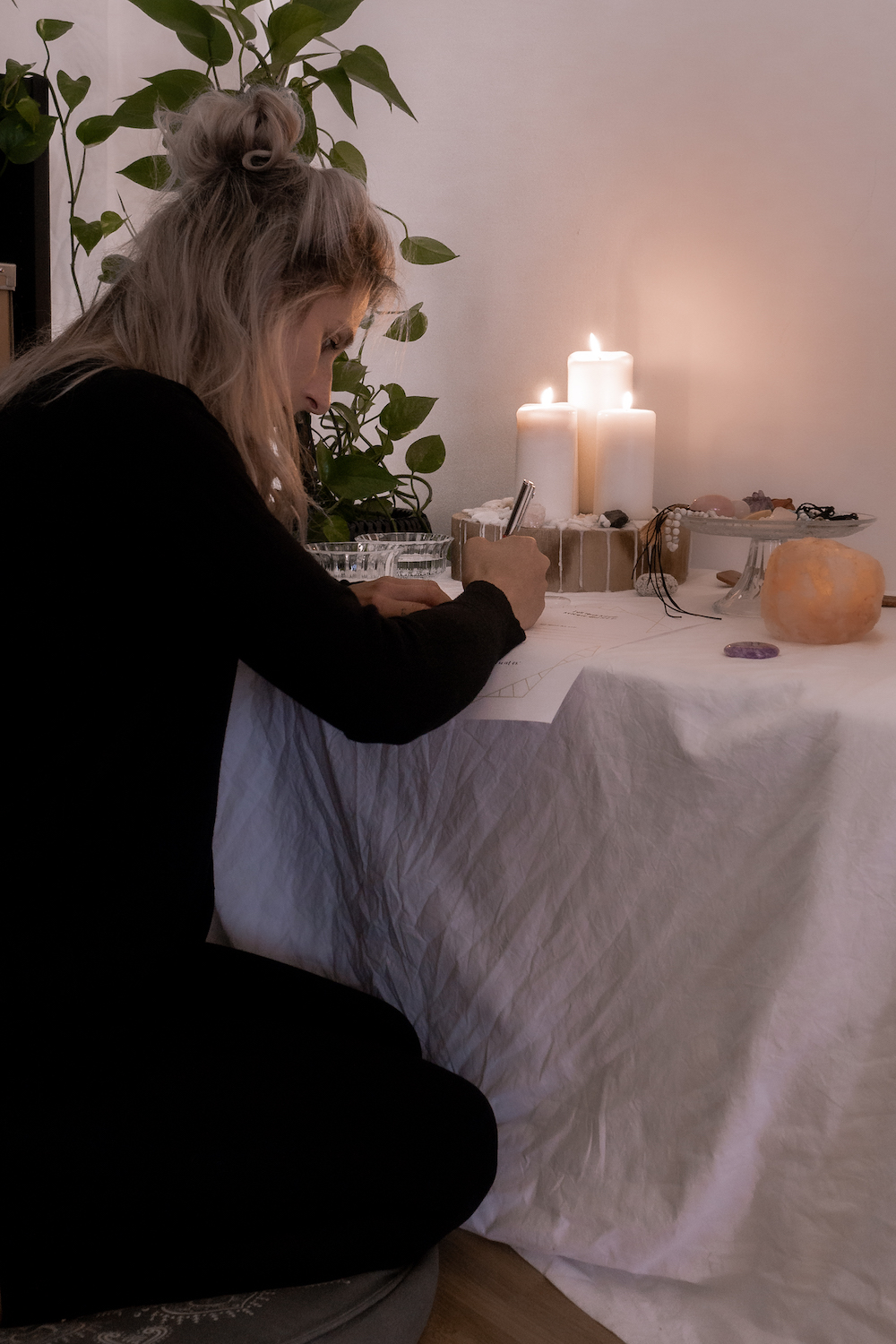 MONDKALENDER SEPTEMBER 2020 UND FULL MOON RITUAL - Release and let go
