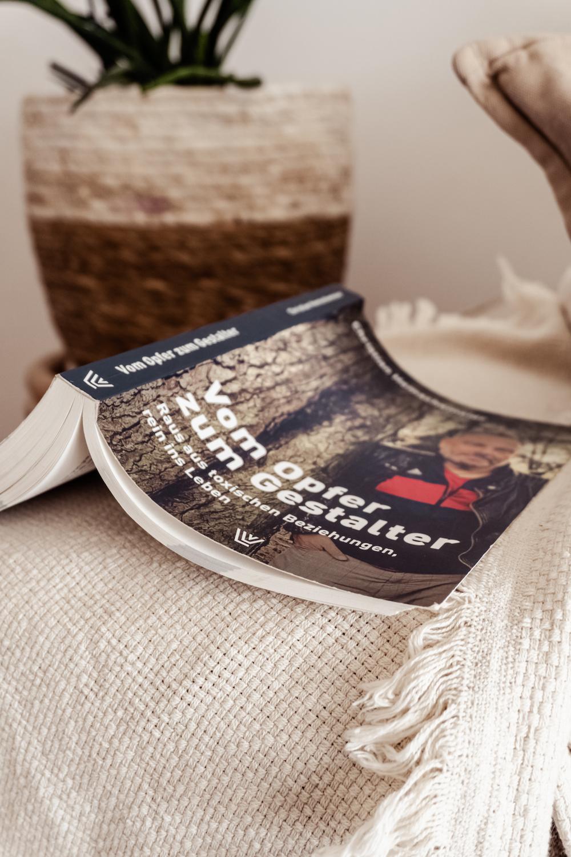 Buchtipp: Vom Opfer zum Gestalter Christian Hemschemeier